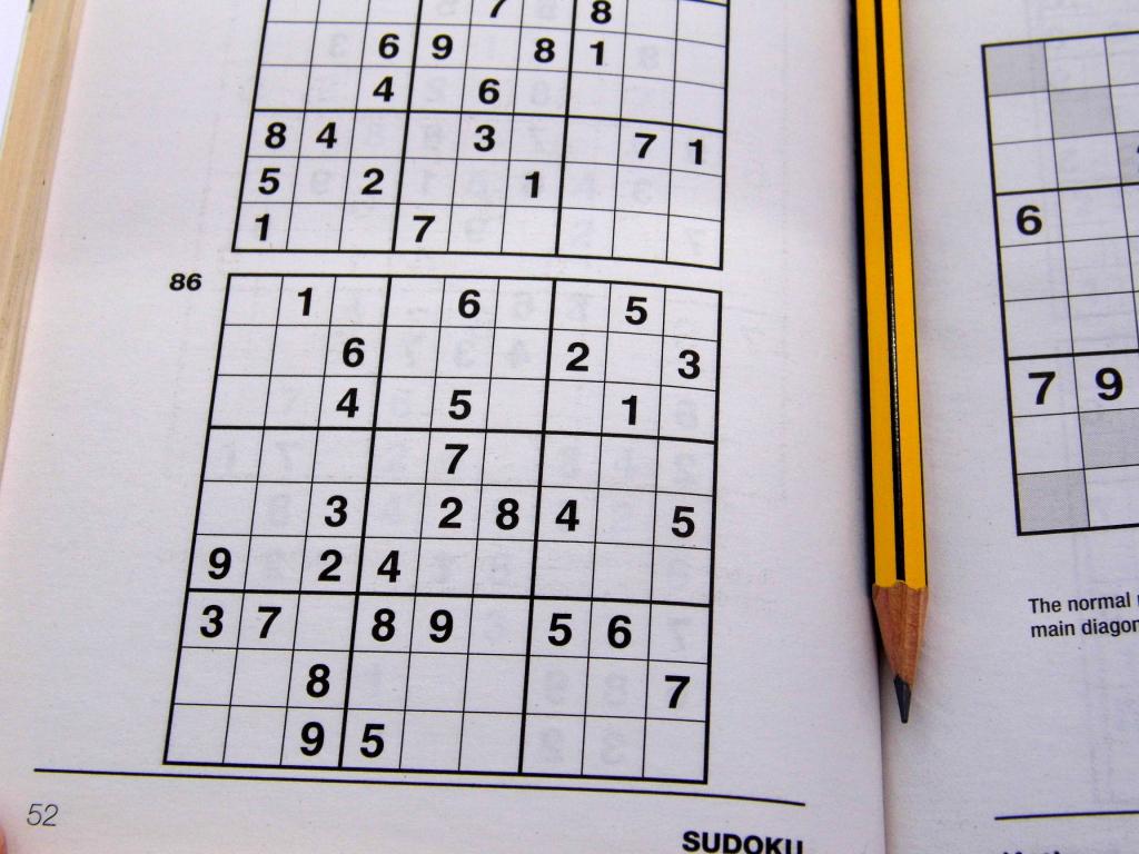 Medium Printable Sudoku Puzzles 6 Per Page – Book 1 – Free Sudoku | 6 Printable Sudoku